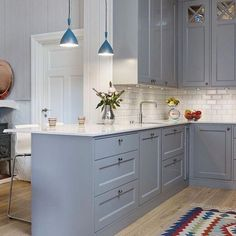 The Bad Secret Of Small Kitchen Design With Blue Wooden Cabinet 7 - homemisuwur Home Kitchens, Kitchen Design Small, Kitchen Remodel, Kitchen Flooring, Kitchen Decor, Modern Kitchen, Kitchen Interior, Grey Kitchens, House Interior