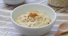 Ciao a tutti!  Finalmente una ricetta che mi avete tanto, tanto richiesto, quella del porridge d'avena. Chi mi seguite su Instagram, saprà s...