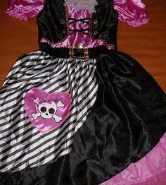 Śliczny strój piratki 146-158 http://dzieciociuszek.pl/products/33872