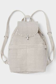 Go off the grid. It looks good.Baggu Natural Grid Backpack, $38, available at Baggu. #refinery29 http://www.refinery29.com/affordable-white-elephant-gift-ideas#slide-14