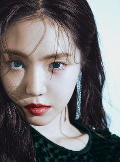 South Korean Girls, Korean Girl Groups, Apink Naeun, Son Na Eun, Pink Panda, Uzzlang Girl, Grunge Girl, Asian Celebrities, Korean Bands