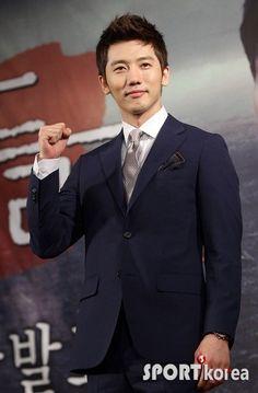 Ki Tae Young, Han River, Reasons To Live, Kandi, Make A Wish, Korean Actors, Sagittarius, Actresses, Bride