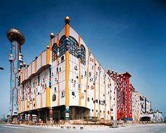 Hundertwasserhaus_Wenen.jpg (770×617)