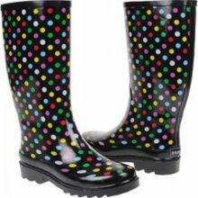 Just bought a pair of polka dot rain boots - I haven't owned rain boots since I was a young girl. Makes me want to jump in puddles!