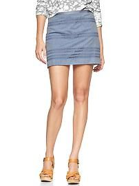 Eyelet - stripe small and pure and fresh chambray mini skirt Style Wish, My Style, Chambray, Denim Skirt, Mini Skirts, Fashion Looks, Clothes For Women, How To Wear, Gap