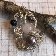 Orbiting Home Rose quartz, glass pearl, blue goldstone, larkivite, firepolished glass, silver wire.   https://nemb.ly/p/B11kaLuil