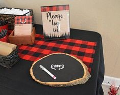 Buffalo plaid baby shower - Log in baby shower - Baby shower guest list - Woodland baby shower login - Lumberjack baby shower - It's a boy - Lumberjack Party. Baby Shower Niño, Baby Shower Cards, Baby Shower Parties, Baby Shower Themes, Baby Shower Decorations, Shower Ideas, Baby Wallpaper, Baby Must Haves, Baby Outfits