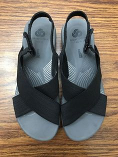 033ec3981 Clarks Cloudsteppers Arla Kaydin 8M Black Elastic Strap Comfort Sandals  Shoes  fashion  clothing