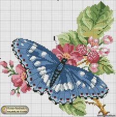 Бабочки - схемы вышивки крестом бабочек пригодятся любительницам миниатюрной вышивки для создания панно. Панно с бабочками можно повесить на стену