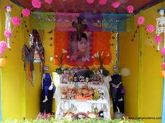 Altar de muertos en honor a la pintora Frida Kahlo
