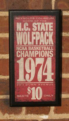 Vintage Wolfpack Sign
