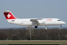 HB-IXS Swiss British Aerospace Avro RJ100