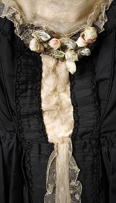 Dinner dress (image 3 - detail)   Lucile   British   1918   silk, cotton, metal   Metropolitan Museum of Art   Accession Number: 1979.569.3a, b