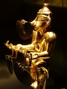 MUSEO DEL ORO Colombian Art, Ancient Artefacts, Magic Realism, Mesoamerican, Inca, Ancient Jewelry, Ancient Aliens, Archaeology, South America