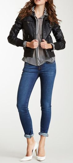 Leather jacket, silk blouse and Skinny Jeans outfit