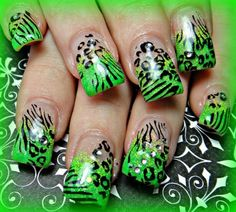 Glittery lime tips w/ animal print ♥