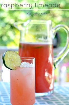 Raspberry Limeade | Real Housemoms | This drink is so beautiful and tasty and it's great with or without tequila!