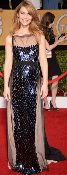 Claire Danes on the SAG Awards red carpet 2014.