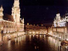La Grand-Place de Bruxelles la nuit http://www.bruxelles.be/5175