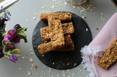 Naturally Sassy | No bake Peanut Butter Granola Bars - Recipe