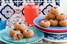 Life is busy, but that doesn& mean there isn& time for dessert. Silvia Colloca shares her hacks for impressive Italian bakes made at the touch of a (food processor) button. Christmas Food Gifts, Xmas Food, Christmas Cooking, Diy Christmas, Merry Christmas, Delicious Magazine Recipes, Delicious Recipes, Gluten Free Biscuits, Best Italian Recipes