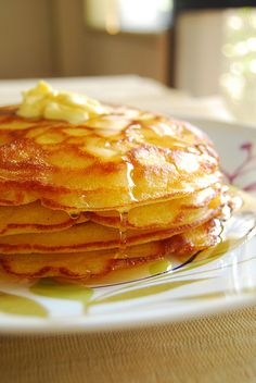 Best pancake recipes for Pancake Day (aka Fat Tuesday) Looking for the best pancake recipe? Ruth Reichl's melt-in-your-mouth World's Best Pancakes is definitely one of them. Thin Pancakes, Buttermilk Pancakes, Pancakes And Waffles, Fluffy Pancakes, Swedish Pancakes, Butter Pancakes, Pancakes Recipe No Baking Powder, Crispy Pancakes Recipe, Pancakes For One
