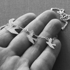 Flying birds necklace - matte silver - simone walsh