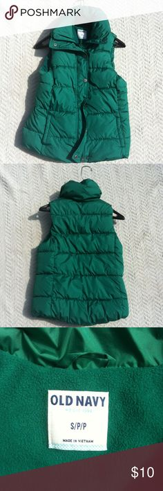 Old navy vest coat Old Navy vibrant green vest coat. This piece has both zipper and button up option. Small/petite in size. Old Navy Jackets & Coats Vests