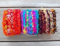 Locker hooked bracelets. {Oooh, these would be quick and easy and a great way to use up leftover scraps.}
