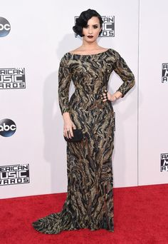 Demi Lovato | Here's What The Stars Wore To The 2015 AMAs