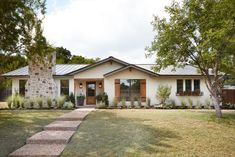 Ideas For Exterior Paint Brick Ranch Joanna Gaines Exterior Paint Colors, Exterior House Colors, Paint Colors For Home, Paint Colours, Ranch Exterior, Exterior Remodel, Exterior Shutters, Wood Shutters, Ranch House Exteriors