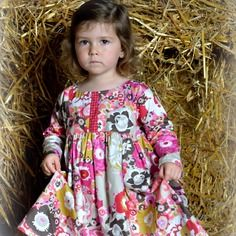 Robe d' inspiration folk taille 2/3 ans