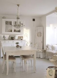 Dining room. White, Grey, Black, Chippy, Shabby Chic, Whitewashed, Cottage, French Country, Rustic, Swedish decor Idea. ***Pinned by oldattic *** by della
