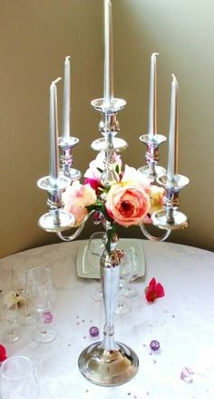Location grand chandelier blanc chandelier deco mariage for Chandelier centre de table