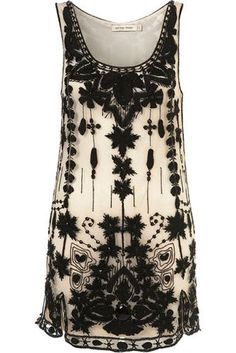 Kate Moss Embellished Shift Dress Ok, I'd wear it as a tunic with black capris but love the nude shift and black detail. Passion For Fashion, Love Fashion, Fashion Beauty, Fashion Outfits, Womens Fashion, Fashion Ideas, Pretty Outfits, Cute Outfits, Hippy Chic