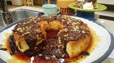 Budín de pan cubierto de chocolate