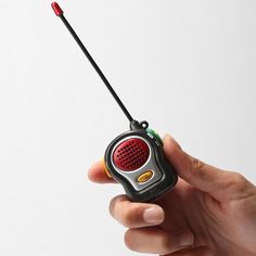 World's Smallest Walkie Talkie - Set of 2 :: to go with the Mister's Brian Regan DVD. The walkie talkie bit is one of his faves. Phone Gadgets, Tech Gadgets, Cool Gadgets, Shopping World, Cheap Gifts, Apple Products, Small World, Walkie Talkie, Small Gifts