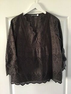 Mint Velvet Ladies Brown Sleeve Patterned Lined Blouse Top Size 12 in very good condition. Velvet Shorts, Top Pattern, Short Sleeve Blouse, Size 12, Mint, Summer Dresses, Brown, Lady, Sleeves