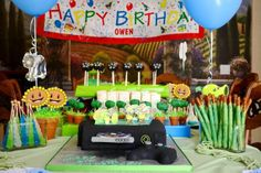 don't use just ordinary #invitations!! have your #kids use #invitebandz for this fun-filled #party! #videogames #fun #boys #girls #decorations
