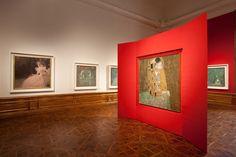 El Beso de Gustav Klimt   Museógrafo