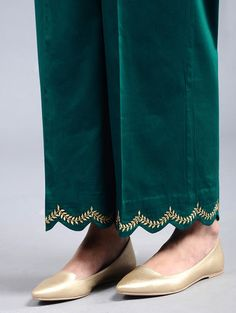 20 trendy knitting clothes for women Kurta Designs Women, Kurti Neck Designs, Kurti Designs Party Wear, Dress Neck Designs, Salwar Designs, Plazzo Pants, Salwar Pants, Trouser Pants, Palazzo Trousers