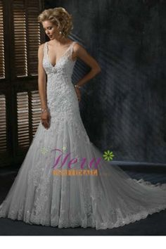 Sexy Deep V-neck Lace Wedding Dress With Train