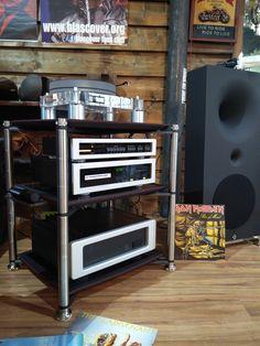 Bassocontinuo Revolution Line AEON 2.0 with Avantgarde Acoustic Zero 1, Spectral…