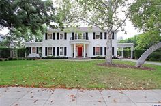 The Real-Life Father of the Bride House Is For Sale   POPSUGAR Home