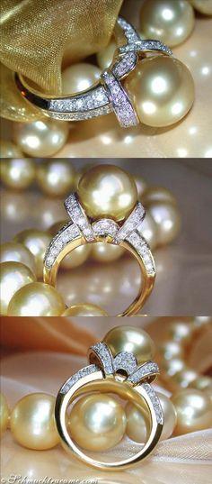 Fabulous Golden Southsea Pearl Diamond Ring, Yellowgold 18K