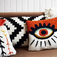 tufting yarn & tufting with yarn , tufting yarn Diy Pillows, Decorative Pillows, Cushions, Embroidery Art, Embroidery Patterns, Hook Punch, Punch Needle Patterns, Latch Hook Rugs, Art Textile