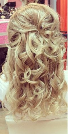 #bride #hair #halfuphalfdown