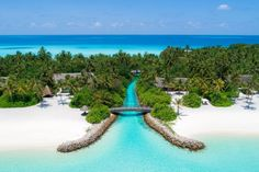 One&Only Reethi Rah, Maldives Im Leaving, Jet Plane, Amazing Destinations, One And Only, Maldives, The Good Place, Golf Courses, Paradise, Outdoor Decor