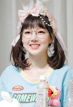 Gfriend-Yerin 180722 Fansign Event Extended Play, Kpop Girl Groups, Kpop Girls, Gfriend And Bts, Cute Girls, Cool Girl, Kim Ye Won, G Friend, Cloud Dancer
