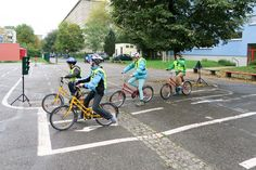 Montessori, Html, Bicycle, Vehicles, Chemnitz, Inventions, Bicycling, Elementary Schools, Health
